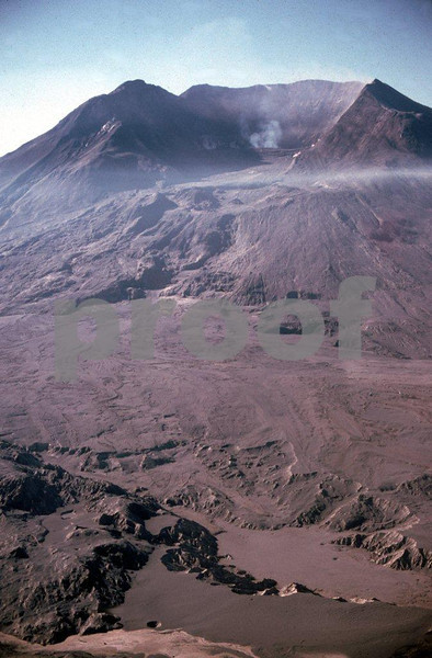Mount St. Helens on Sep. 16, 1980 after the May 18, 1980 eruption. View south east.