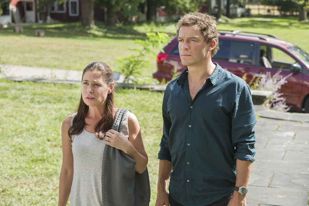 """. In this image released by Showtime, Maura Tierney as Helen, left, and Dominic West as Noah appear in a scene from \""""The Affair.\"""" West was nominated for a Golden Globe for best actor in a drama series for his role on the show on Thursday, Dec. 11, 2014. The 72nd annual Golden Globe awards will air on NBC on Sunday, Jan. 11. (AP Photo/Showtime, Mark Schafer)"""