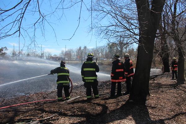Brush fire - Parsell Lane/I-95 Westport, CT - 4/7/2021