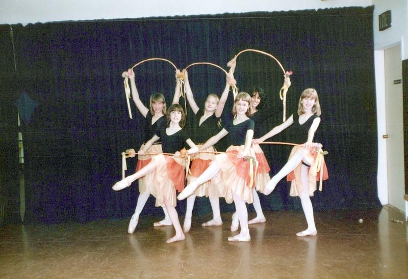 Dance_2233_a.jpg