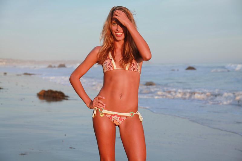 bikini 45surf bikini swimsuit model hot pretty beach surf socal 865,..,..jpg