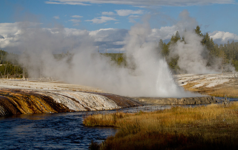 Yellowstone2 561-Edit.jpg