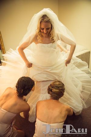 Pre-Wedding-Photos_Bride