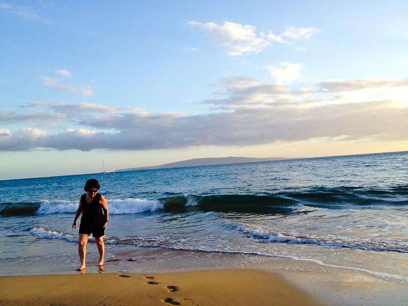 kihei mom ocean.jpg