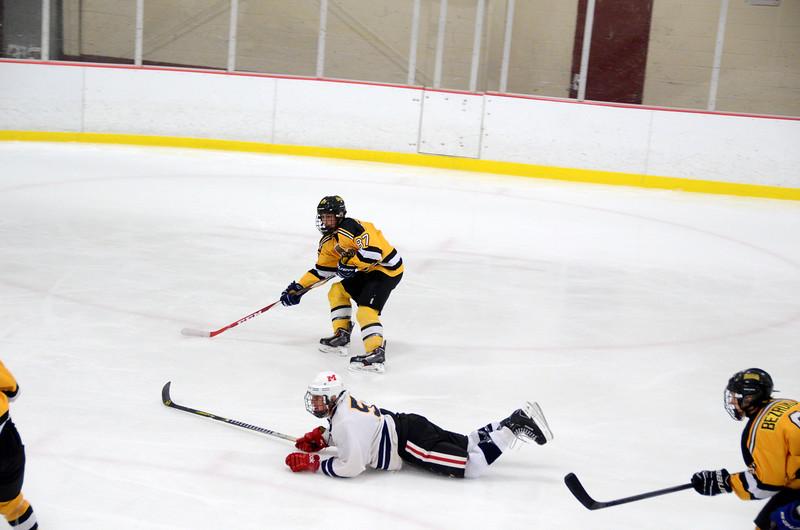 141004 Jr. Bruins vs. Boston Bulldogs-015.JPG