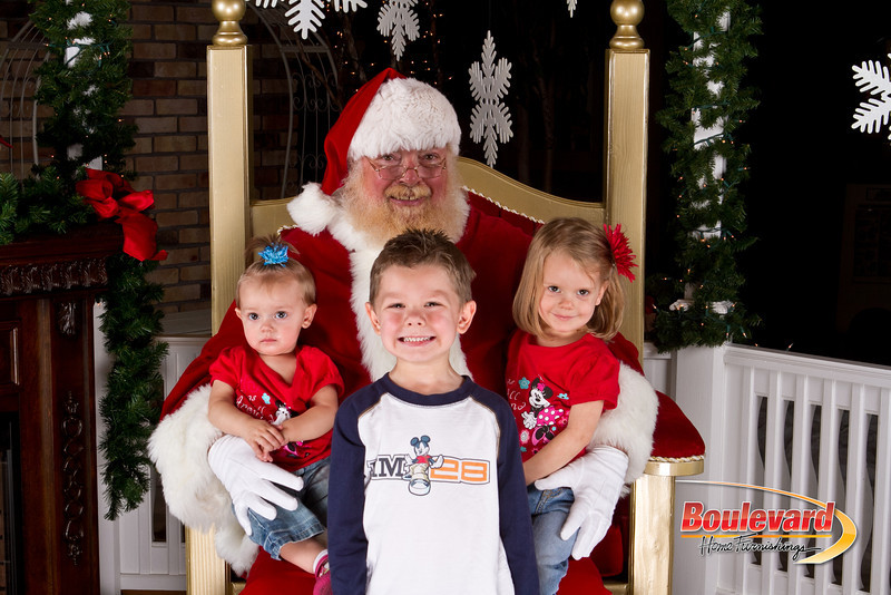 Santa Dec 8-73.jpg