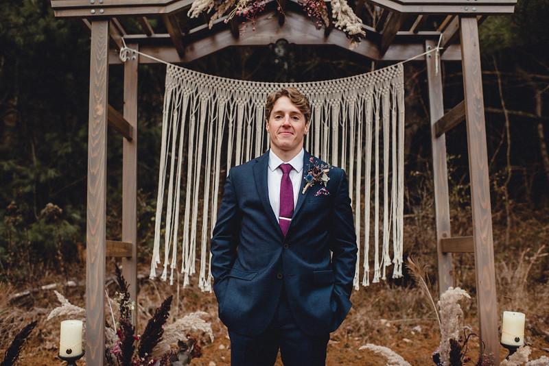 Requiem Images - Luxury Boho Winter Mountain Intimate Wedding - Seven Springs - Laurel Highlands - Blake Holly -1336.jpg
