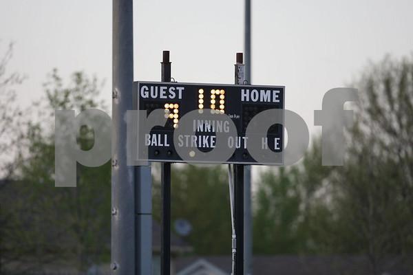 Varsity-Oak Grove vs Pleasant Hill 5-5-08