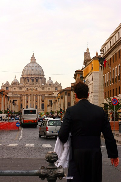 priest-walking-to-stpeters_2141144749_o.jpg