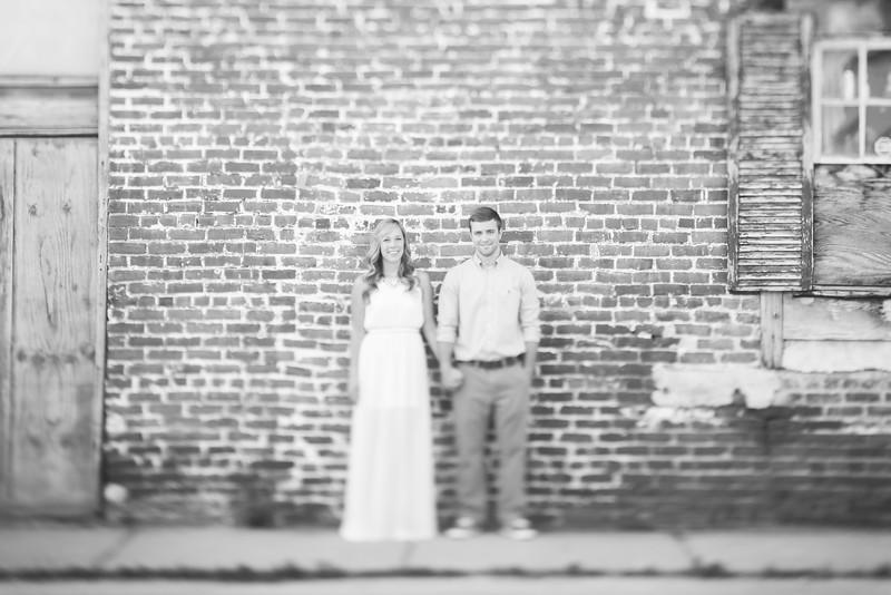 012_Martin+Victoria_EngagementBW.jpg
