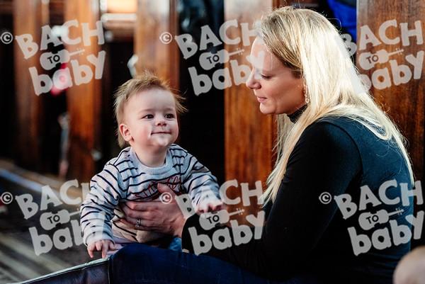 © Bach to Baby 2016_Alejandro Tamagno_Victoria Park_2016-12-14 007.jpg