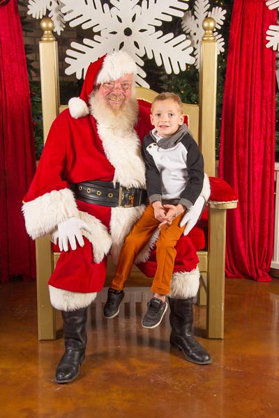 Santa 12-16-17-338.jpg