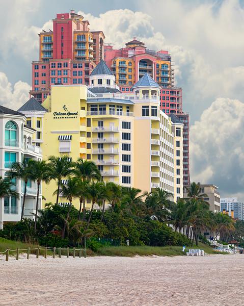 Pelican Grand Beach Resort