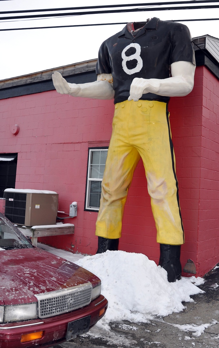 greensburg Pennsylvania headless Pittsburg steelers muffler man