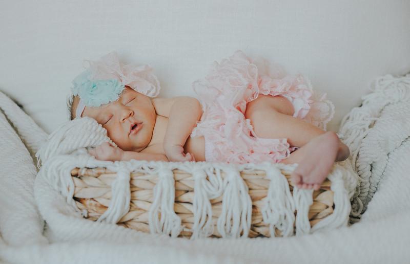 Carter_Newborn-0058.jpg