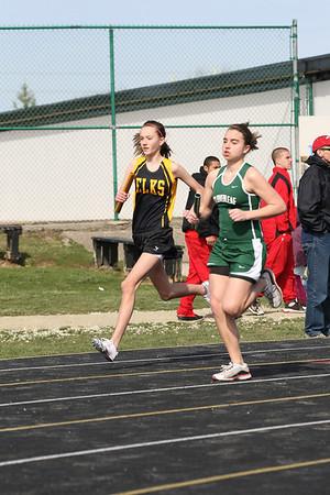 2010-03-27 Elk Relays Girls Running