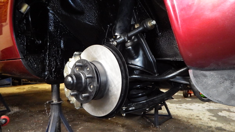 New front suspension in place