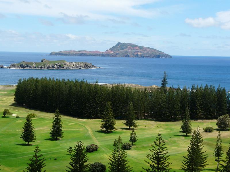 Sunday - Looking towards Nepean & Phillip Islands from Queen Elizabeth Lookout.