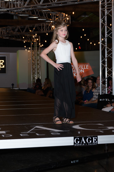 Knoxville Fashion Week Friday-1068.jpg