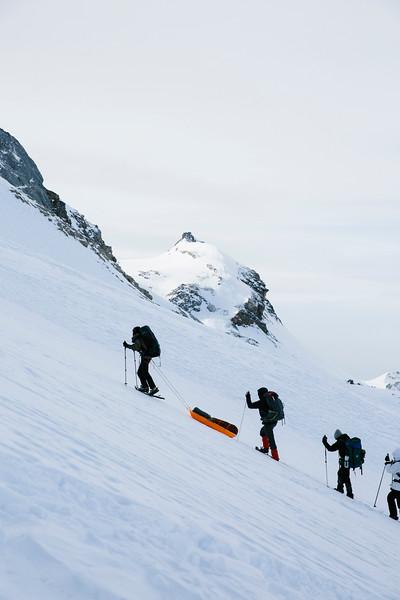 200124_Schneeschuhtour Engstligenalp_web-381.jpg