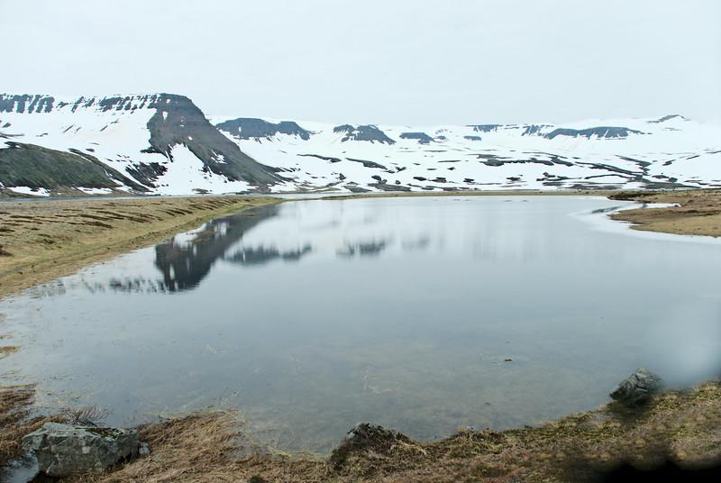 Vatn á Langeyri í Veiðileysufirði