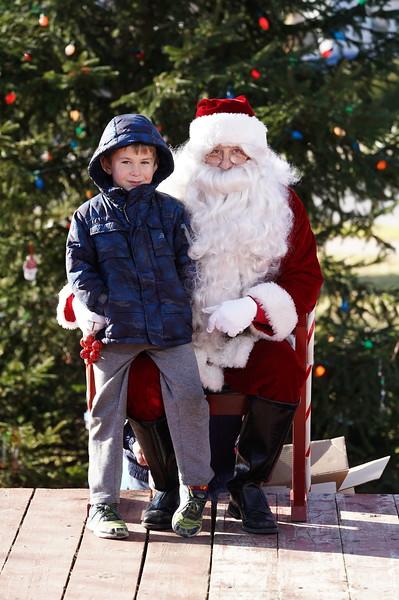Santa In The Park 20190041.JPG