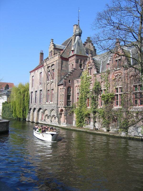 canal_houses.jpg