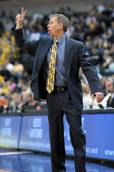 Coach Bzdelik.jpg