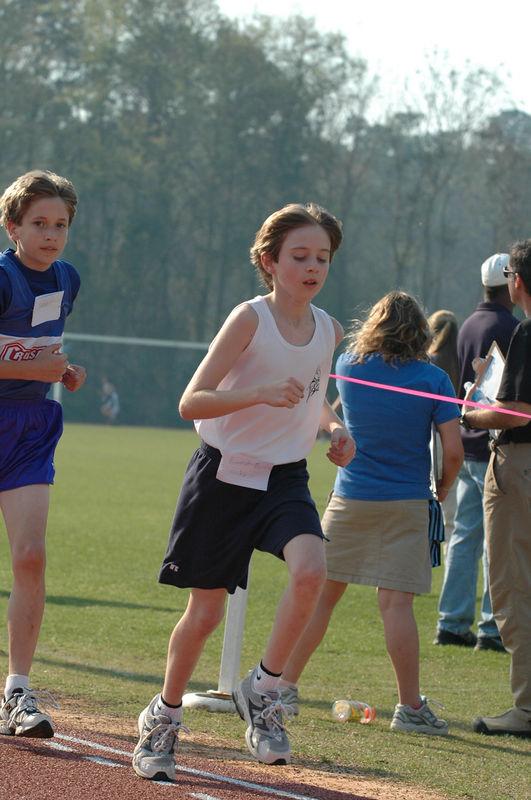 3:20 Brandon passes 800m