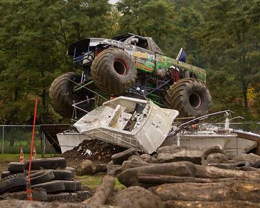 Monster Trucks Day 2