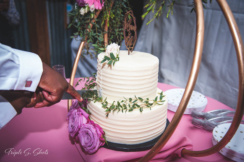 Lolis Wedding Edits-640.JPG
