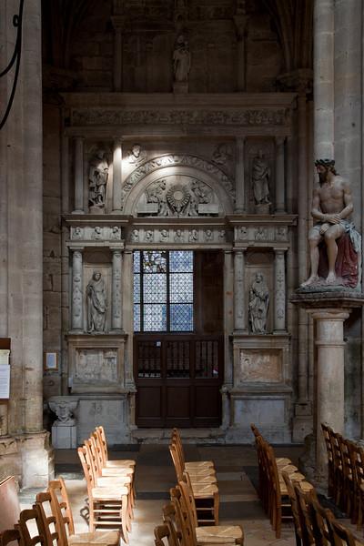 Semur-en-Auxois Collegiale Baroque Chapel