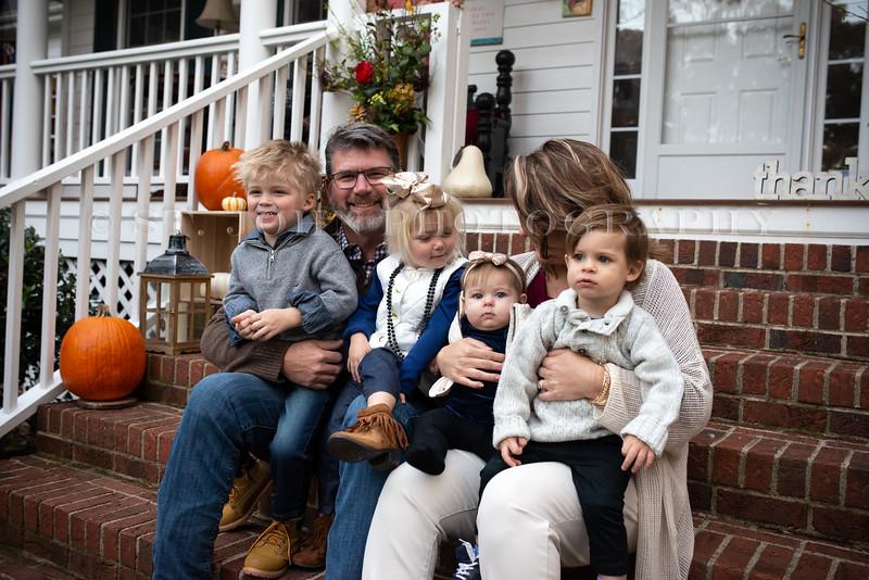 2019 November Ellis Family-84-236.jpg