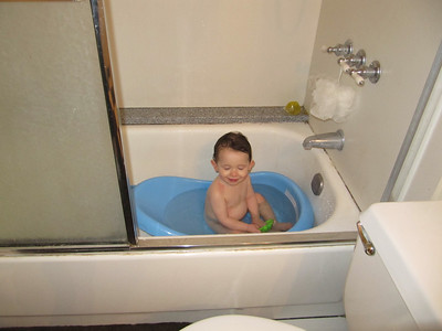 Mateo in the tub (December 2011)