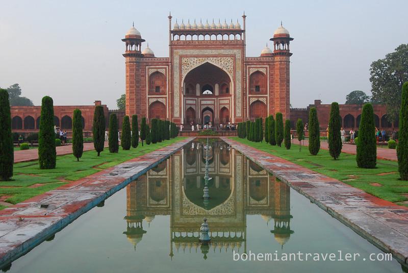 Taj entrance and reflection.jpg
