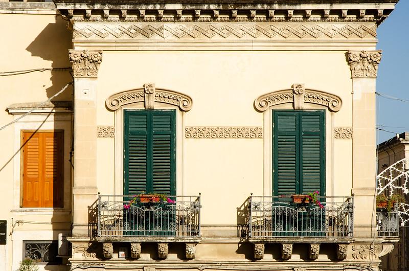 Noto windows