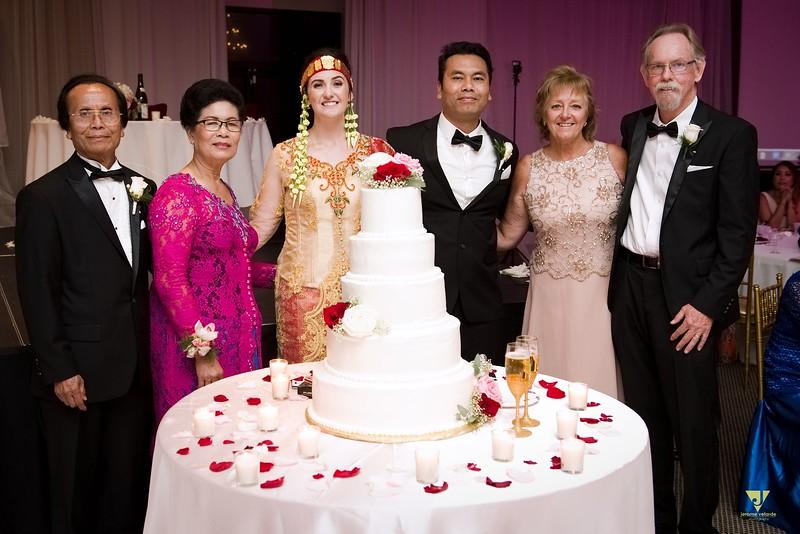 Wedding of Elaine and Jon -692.jpg
