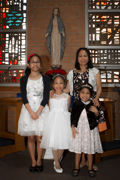 Danica-First-Communion-17.jpg