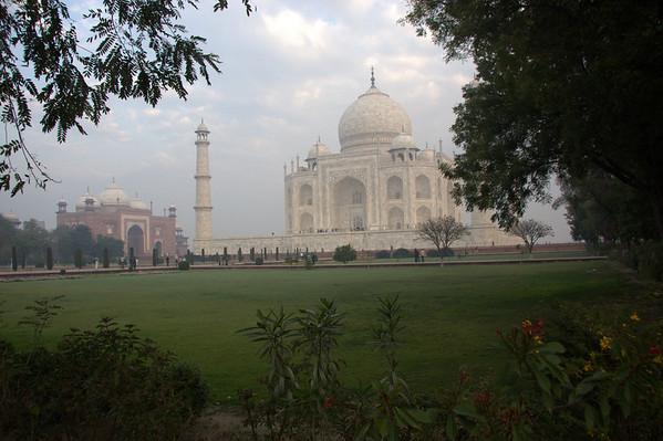 Uttar Pradesh: Varanasi & Agra,Taj Mahal