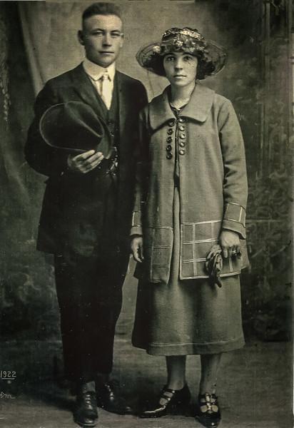 Joe_et_Eva_Lariviere_1922