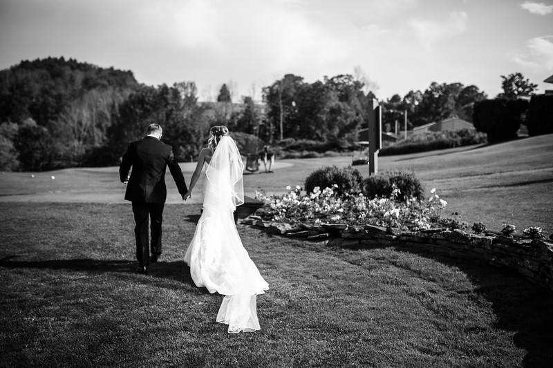 skylar_and_corey_tyoga_country_club_wedding_image-348.jpg