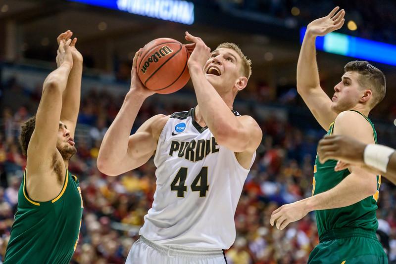 3/16/17 NCAA Tournament, Vermont, Isaac Haas