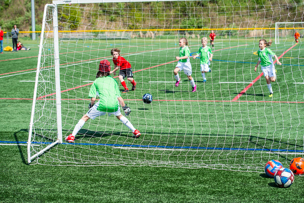 4-27 Kids Soccer
