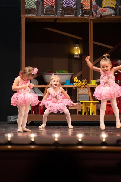 Dance Productions Recital 2019-201.jpg