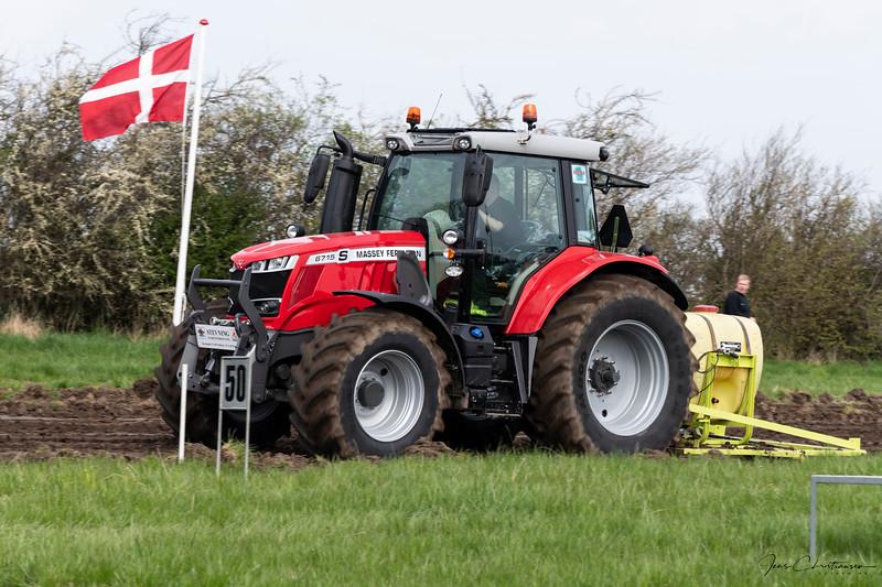 28-04-2018 Tractor træk  038.jpg