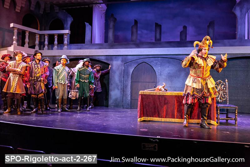 SPO-Rigoletto-act-2-267.jpg