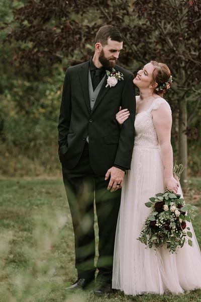 rustic_ohio__fall_barn_wedding-278.jpg