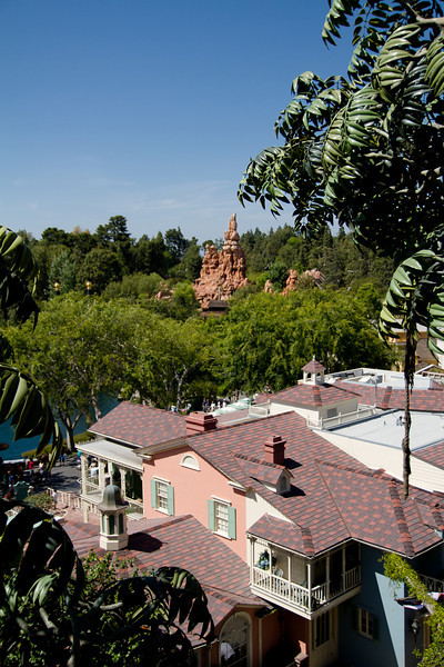 Big Thunder Mountian Railroad & Roofs of New Orleans Square