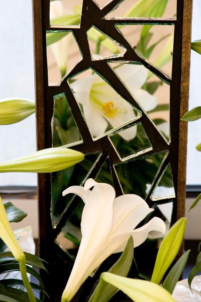 cross.lily.jpg