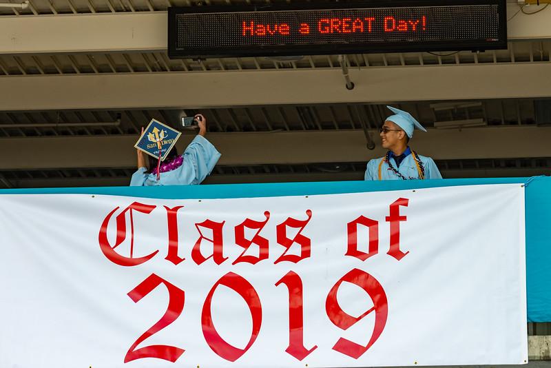 Hillsdale Graduation 2019-10080.jpg